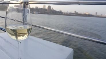 Cruize and Wine